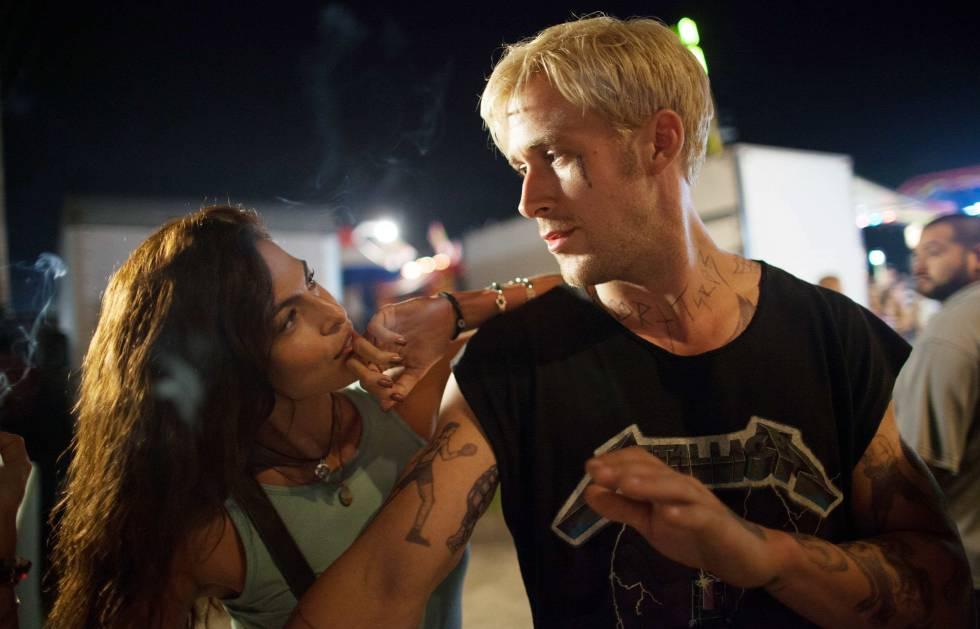 Eva Mendes y Ryan Gosling, en un fotograma de