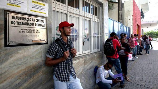 El desempleo y la recesión preocupan a Brasil