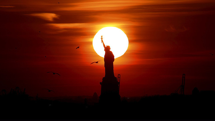 Nueva York: Un misterioso apagón deja sin luz a la Estatua de Libertad