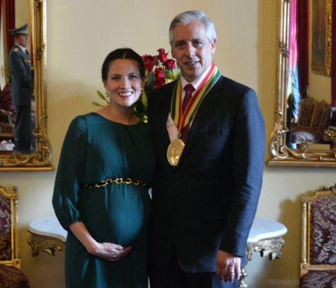 Claudia Fernández y Álvaro García Linera. Foto: ABI