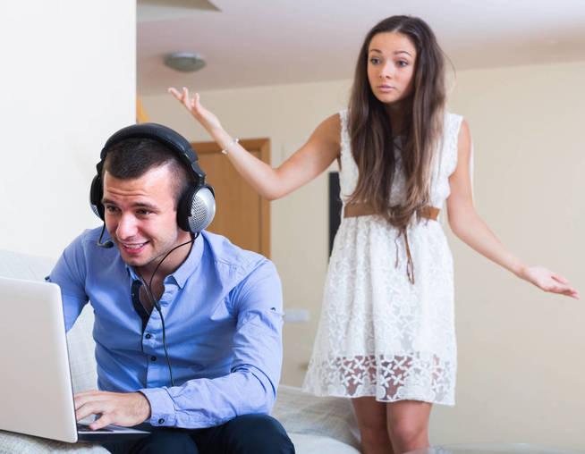No a todo el mundo le gusta que su pareja vea porno. (iStock)
