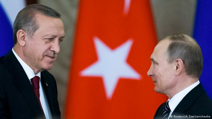 Russland Moskau - Präsident Putin und Erdogan bei Pressekonferenz (Reuters/A. Zemlianichenko)