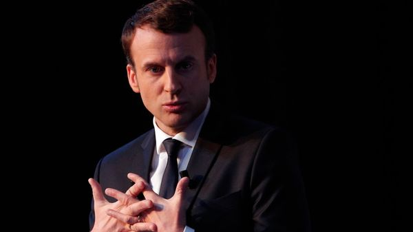 Macron se declara centrista y europeísta (AP)