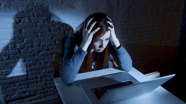 La busca evitar los comentarios de odio en las redes sociales. (Istock)