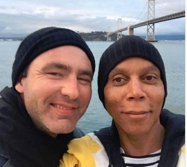 RuPaul con su marido. (Instagram)