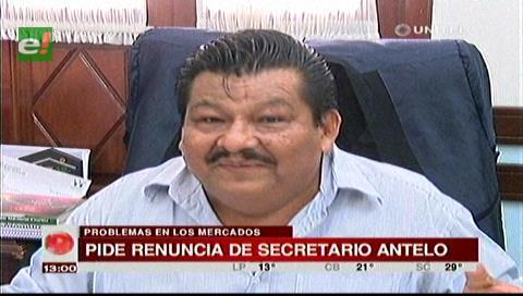 Cahuana pide la renuncia del secretario de Mercados Fernando Antelo