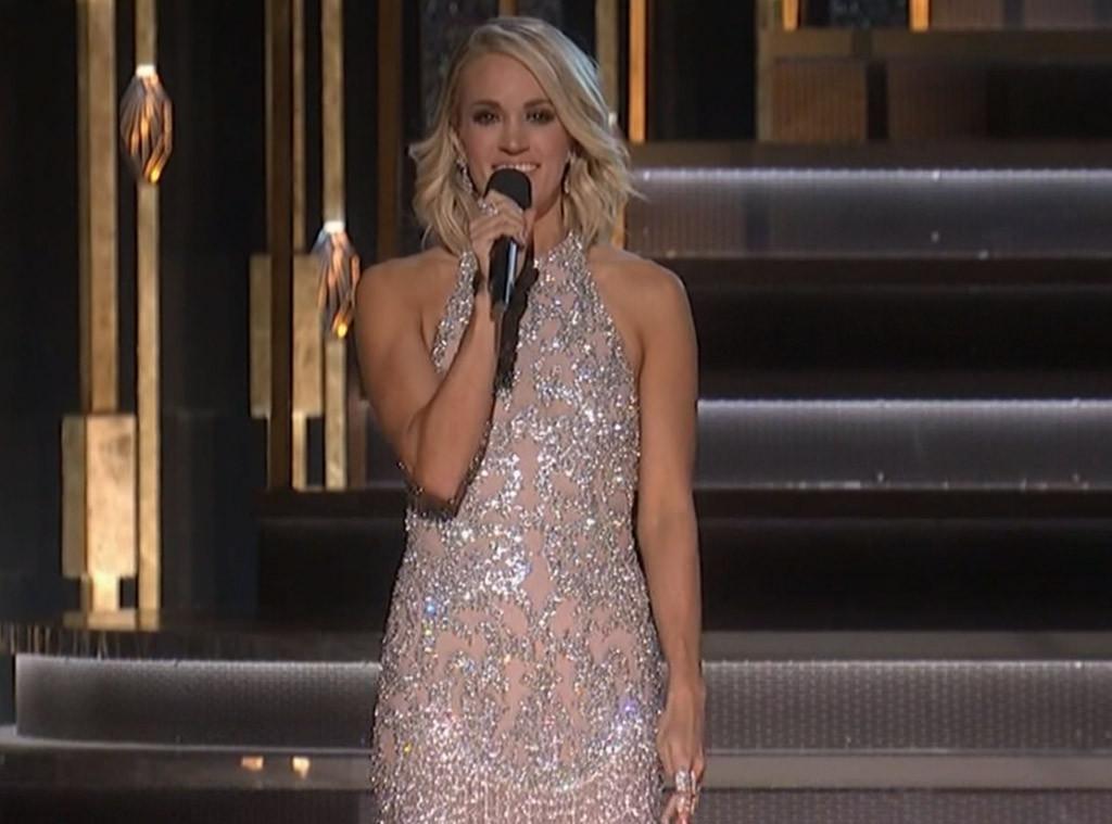 Carrie Underwood, 2016 CMA Looks