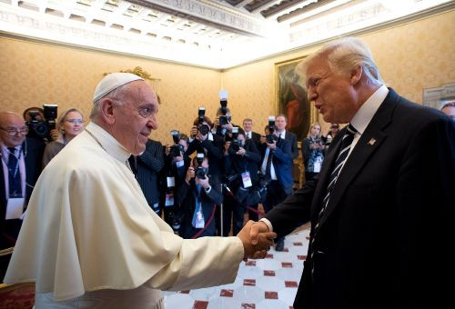 """RESTRICTED TO EDITORIAL USE - MANDATORY CREDIT """"AFP PHOTO / OSSERVATORE ROMANO"""" - NO MARKETING NO ADVERTISING CAMPAIGNS - DISTRIBUTED AS A SERVICE TO CLIENTS"""