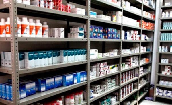 Resultado de imagen de Gobierno entrega medicamentos