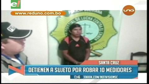 Detienen a sujeto que robó 10 medidores de agua en una noche