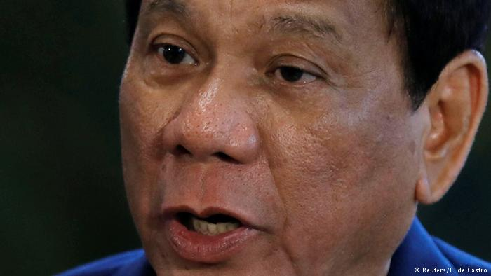 Philippinen Mindestens 46 Tote bei Kämpfen | Rodrigo Duterte (Reuters/E. de Castro)