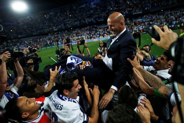 Zidane es considerado un ídolo en Real Madrid (Reuters)