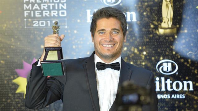 Guillermo, orgulloso por el homenaje a su padre Ramón Andino
