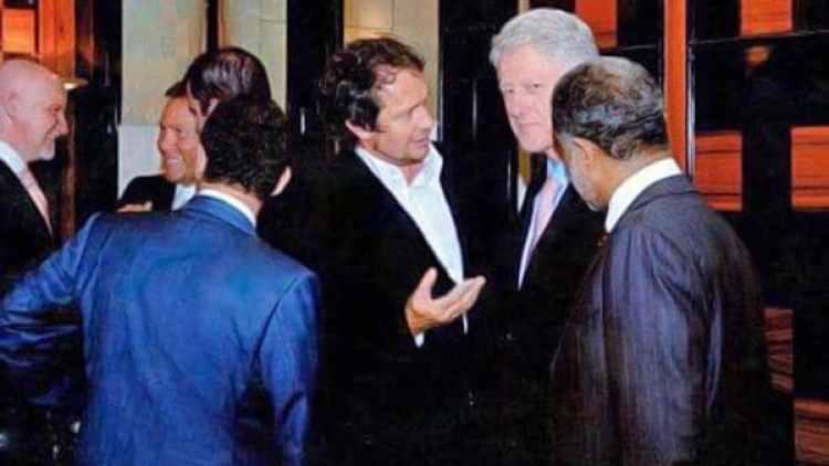 Berezovsky y Young compartieron una cena con el ex presidente de EEUU Bill Clinton