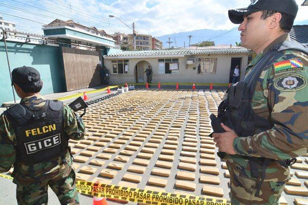 Resultado de imagen de Felcn confisca 20,1 kilos de clorhidrato de cocaína en Chuquisaca
