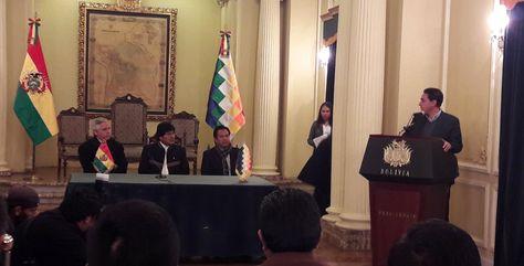 Mario Guillén fue posesionado como ministro de Economía en reemplazo de Luis Arce. Ministerio de la Presidencia