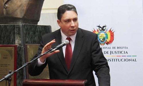 Ministro Héctor Arce denunció que el presidente del Colegio Departamental de Abogados entregó información poco sería sobre supuestos consorcios de abogados