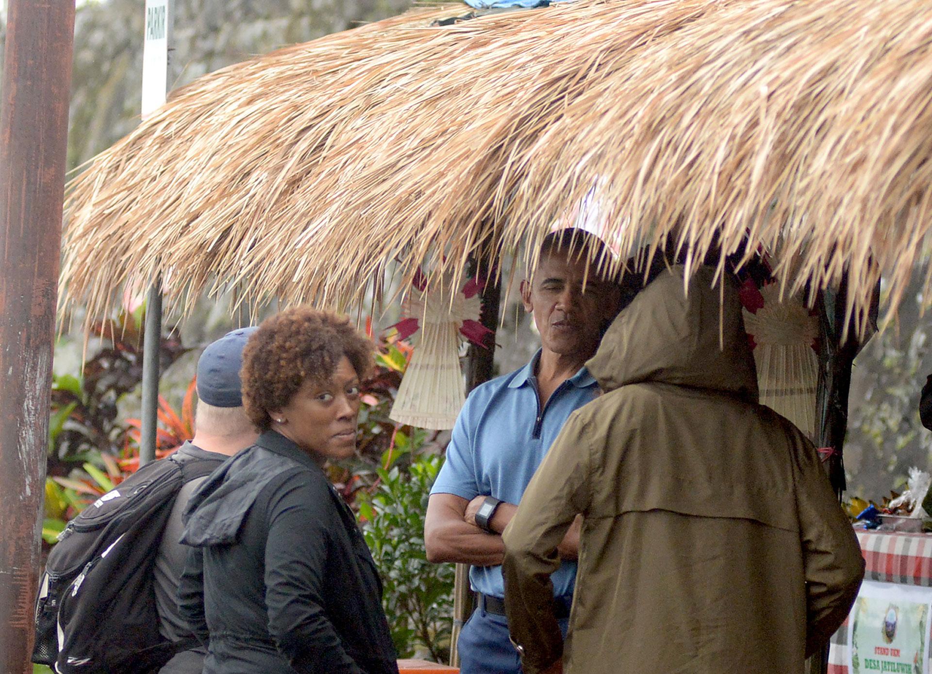 Con su comitiva, también visitaron Jatiluwih en la isla (AFP)