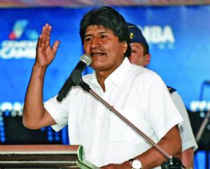 Morales abre la posibilidad de eliminar el visado a los estadounidenses