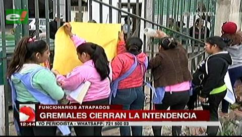 Gremiales toman la Secretaría de Seguridad Ciudadana