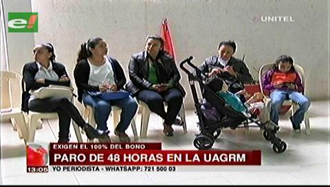 Trabajadores de Uagrm realizan paro de 48 horas