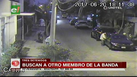 Diprove detiene a tres acusados de robo en el barrio Sirari