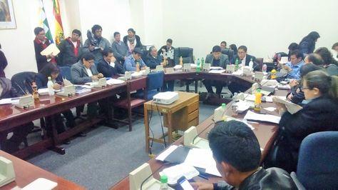 Sesión de la Comisión Mixta de Justicia Plural.