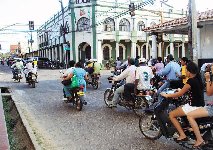 Resultado de imagen de calles de  trinidad bolivia