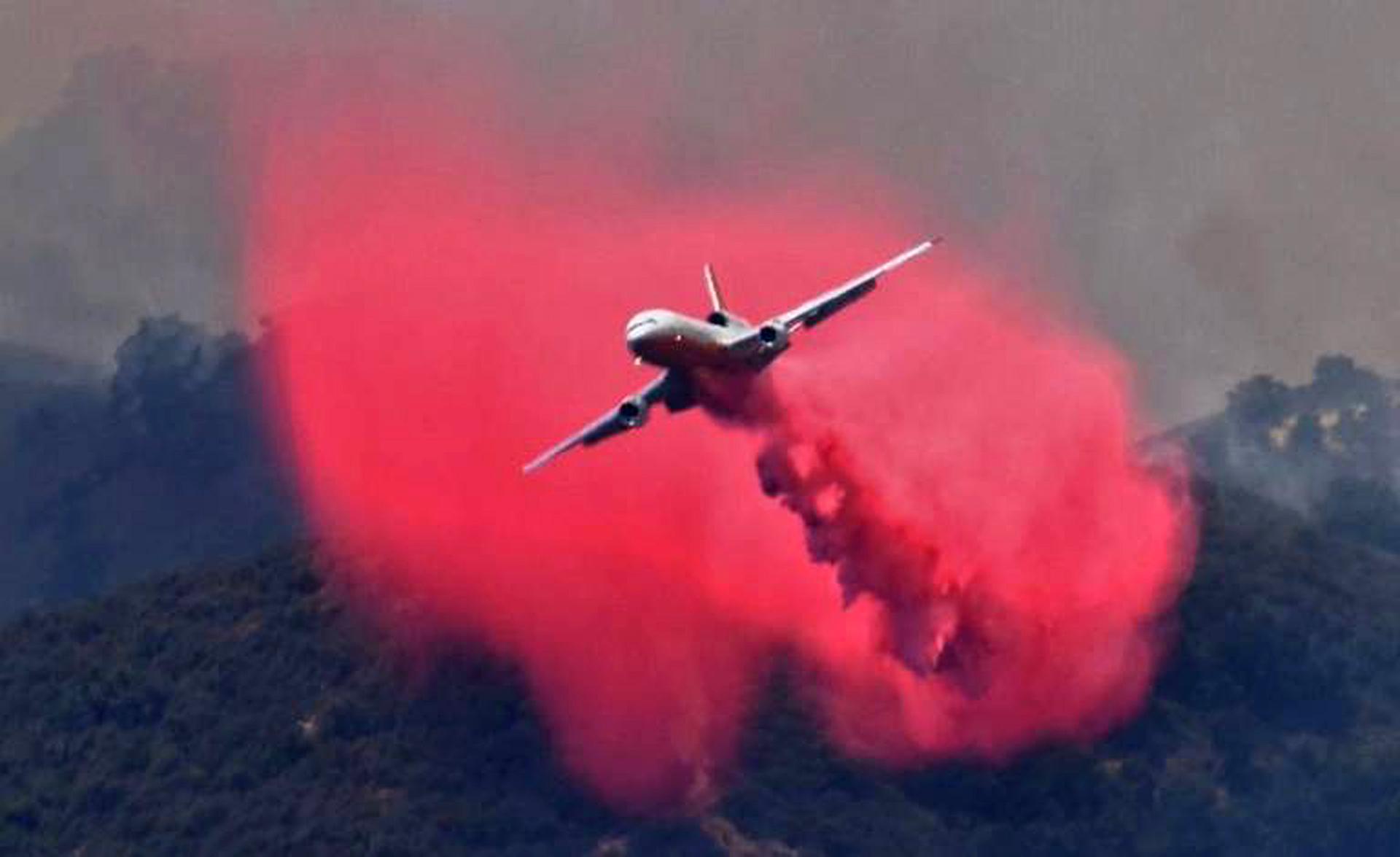 El apagón coincidió con una ola de calor en California que ha batido récords. Un récord que había aguantado 131 años en Los Ángeles se rompió cuando la temperatura alcanzó los 36 grados Celsius en el centro