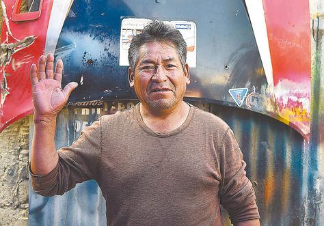 Víctor tarquino, un copiloto de automovilismo, que cuenta sus viviencias. Foto: Alejandra Rocabado.