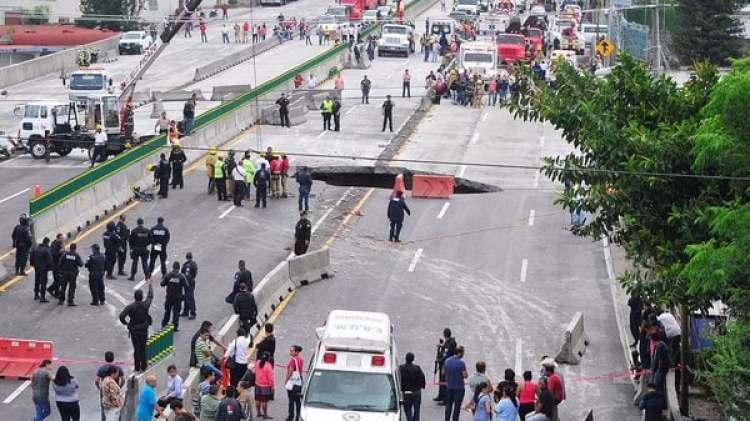 La autopista Paso Express fue inaugurada por Enrique Peña Nieto en abril pasado (EFE)