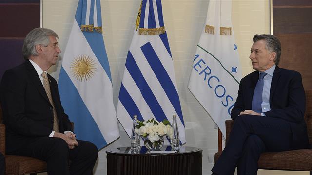 Los mandatarios de Uruguay y de la Argentina también se reunieron esta mañana en Mendoza