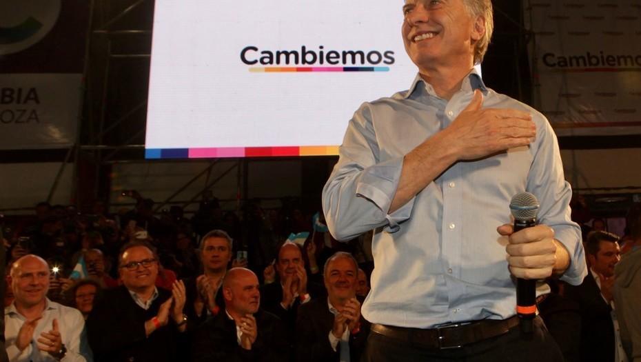 """Mauricio Macri insultó a los narcotraficantes: """"Vamos a echarlos a patadas porque hacen mierda a nuestros jóvenes"""""""