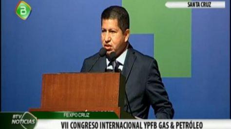 El ministro de Hidrocarburos, Luis Alberto Sánchez, en la inauguración del encuentro YPFB Gas y Petróleo