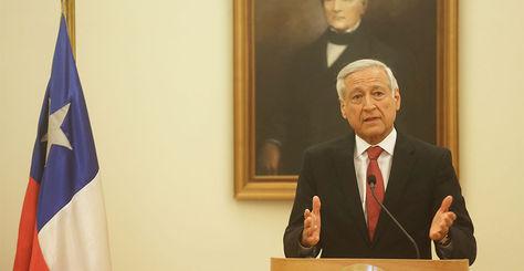 El ministro chileno de Relaciones Exteriores, Heraldo Muñoz, habla durante una rueda de prensa en Santiago (Chile).