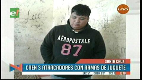 Detienen a tres supuestos atracadores en Los Lotes