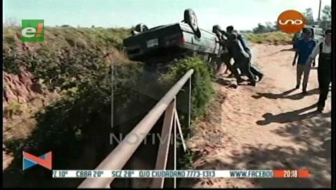 Menonitas lanzaron el vehículo de ladrones a un barranco