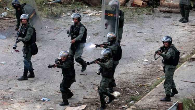 La represión chavista del domingo dejó 18 muertos (Reuters)