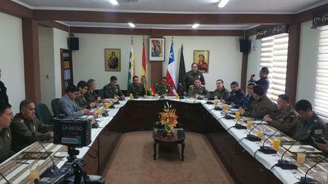 Encuentro de las delegaciones de la Policía Boliviana y de Carabineros de Chile. Foto:Angel Guarachi