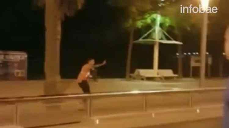 La muerte del quinto terrorista de Cambrils fue grabada por un turista británico