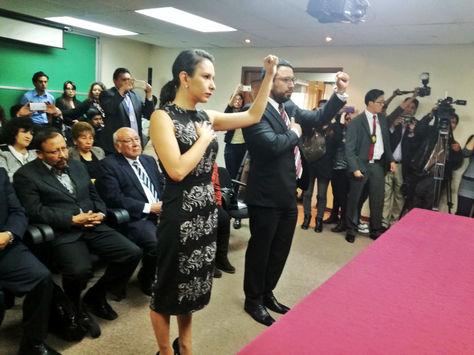 Urquieta y Jiménez son posesionados en sus nuevos cargos en el Ministerio de Justicia.