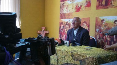 Monseñor Eugenio Escarpellini hizo conocer la posición de la Iglesia Católica sobre el conflicto de Achacachi