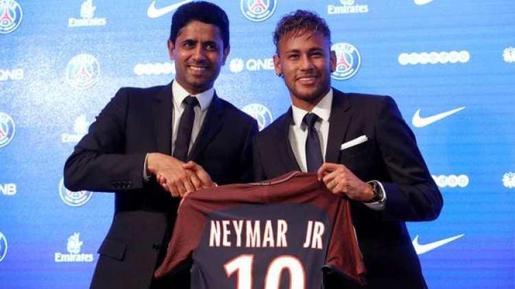 Neymar se convirtió en el traspaso más caro de la historia al firmar con el PSG (Reuters)