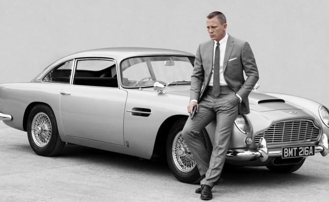 Apple y Amazon se unen a la guerra por los derechos de James Bond