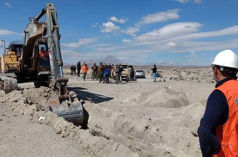 Chile empieza el cavado de zanjas en 13 de 32 pasos ilegales en la frontera con Bolivia. Foto:Soyiquique