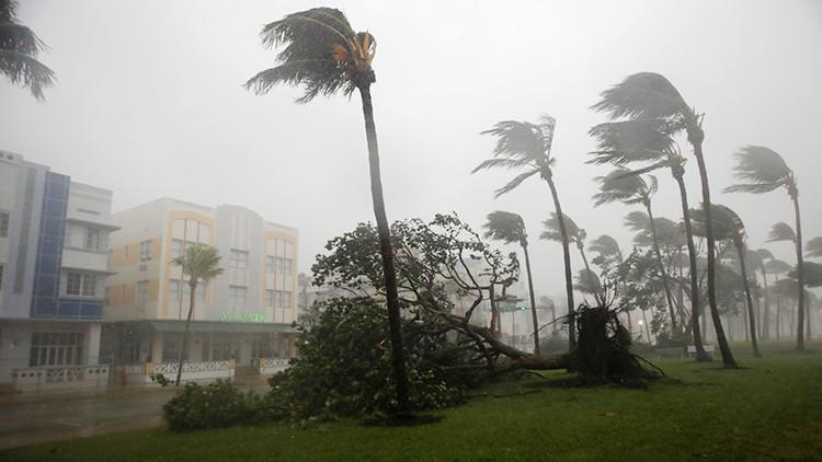 PRIMERAS IMÁGENES: El huracán Irma llega a Florida