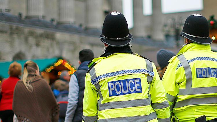 Reino Unido: Un hombre arremete con un cuchillo en una iglesia de Birmingham