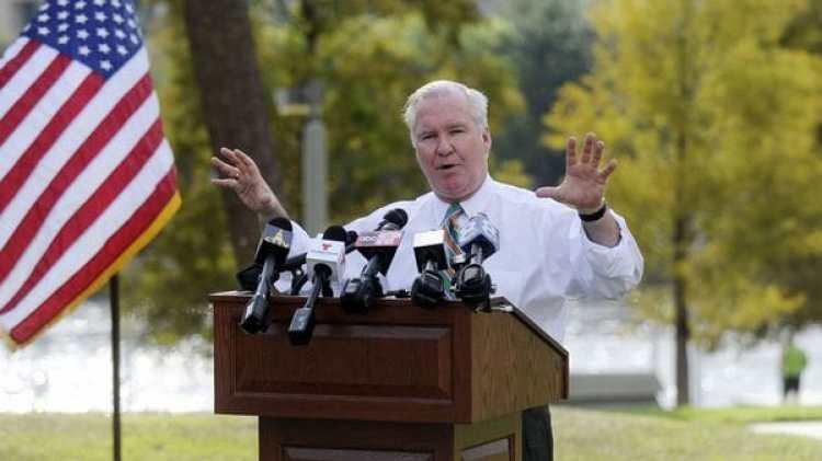 Bob Buckhorn, el alcalde de Tampa