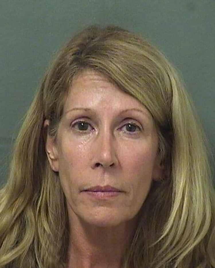 Kathleen Regina Davis fue detenida por intento de homicidio