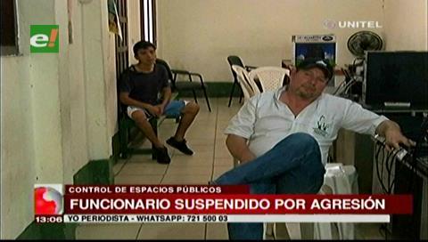 Suspenden a funcionario municipal que se agarró a golpes con un vecino
